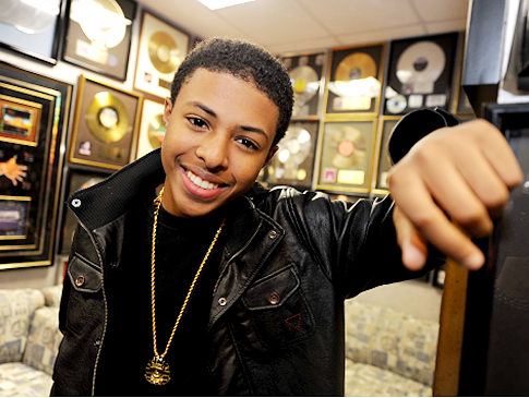 http://www.killerhiphop.com/wp-content/uploads/2010/10/diggy-simmons.jpg