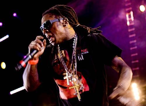 lil wayne 6 foot 7 foot album cover. Lil Wayne – 6#39;7″.